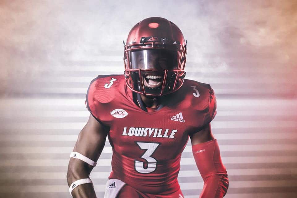 0db762022661 The side of the jerseys also feature a circle of stars from the city flag.  Louisville s new uniforms would have been really ...